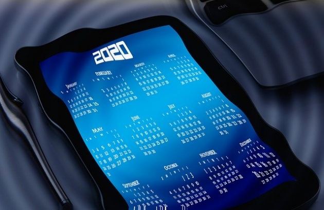 distorted 2020 calendar on a tablet device